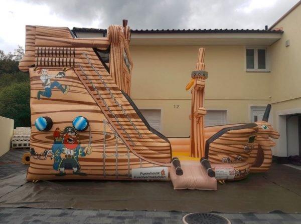 Hüpfburg_Piratenschiff_mieten3